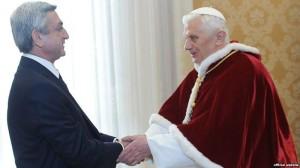 Bento XVI em encontro oficial com Sarkissian, em 2011