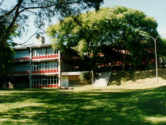 Os cursos acontecerão no prédio da Faculdade de Letras, FFLCH, campus do Butantã