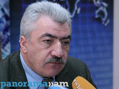 Amatuni Virabyan, diretor do Arquivo Nacional Armênio
