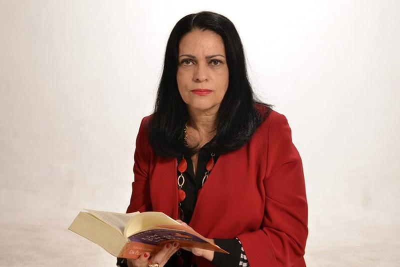 Raquel Naveira - Foto: Divulgação