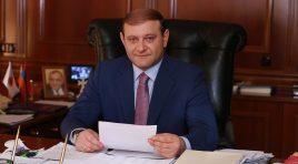 Prefeito de Yerevan, Taron Margaryan, renuncia ao cargo